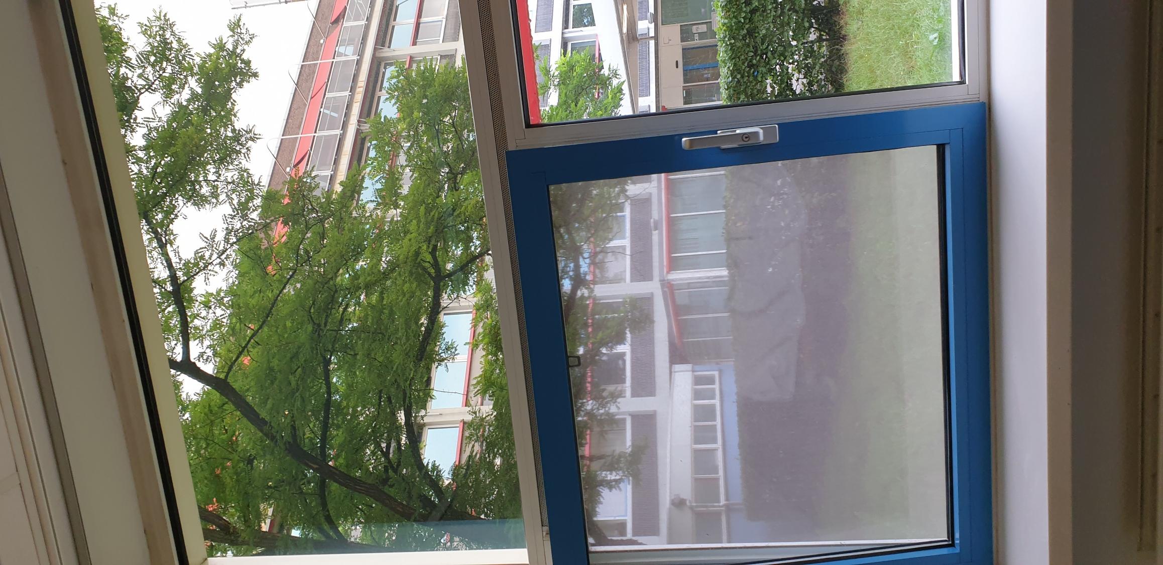 Room with a view. Heerlijk weer de kamer voor mij alleen. Echt fijn!