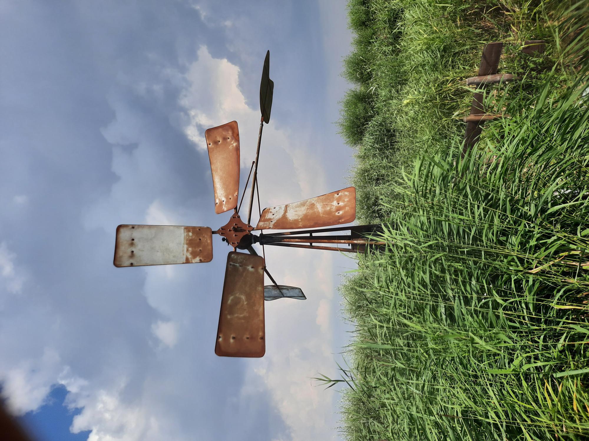 Een windmolen voor in de tuin.
